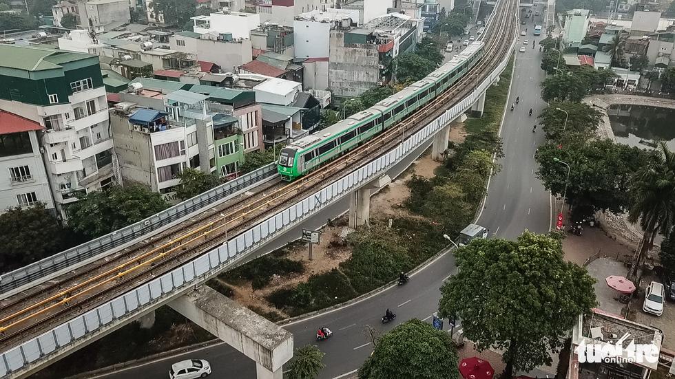Ngắm đoàn tàu lần đầu chạy thử toàn tuyến trên đường sắt Cát Linh - Hà Đông - Ảnh 8.