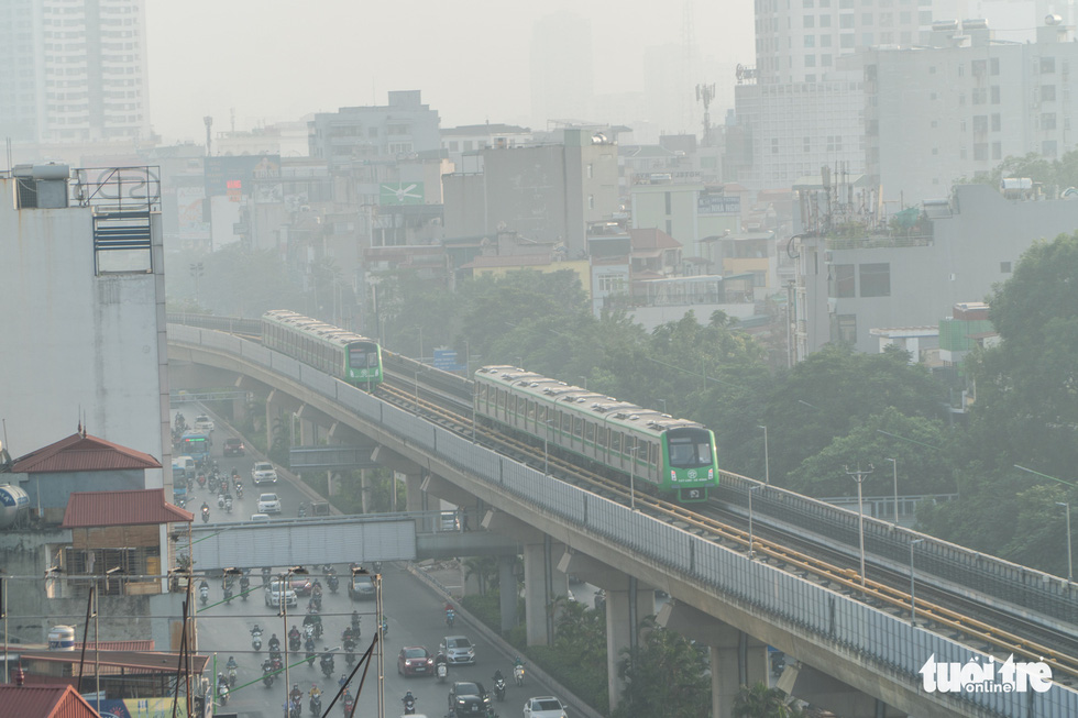 Ngắm đoàn tàu lần đầu chạy thử toàn tuyến trên đường sắt Cát Linh - Hà Đông - Ảnh 3.