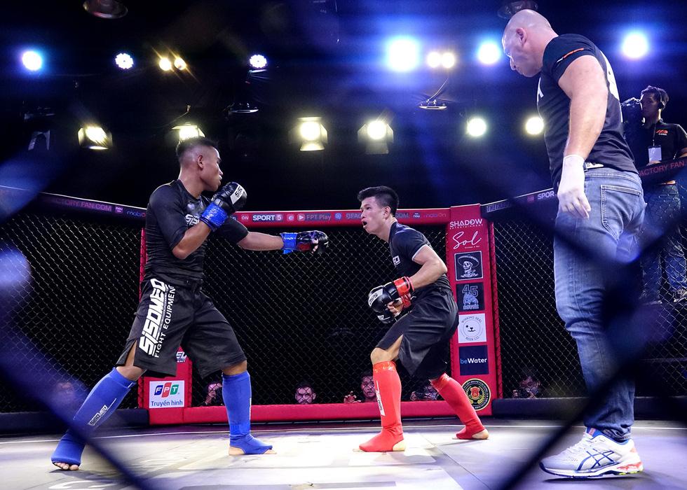 1.000 khán giả xem thi đấu thể thức MMA nghiệp dư tại Việt Nam - Ảnh 2.