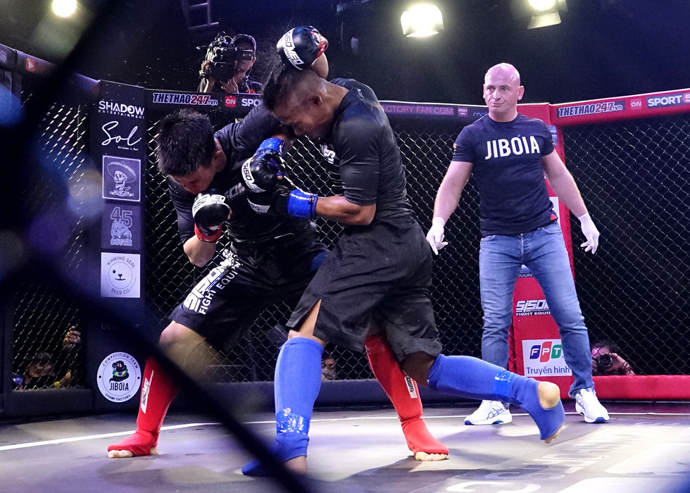 1.000 khán giả xem thi đấu thể thức MMA nghiệp dư tại Việt Nam - Ảnh 7.