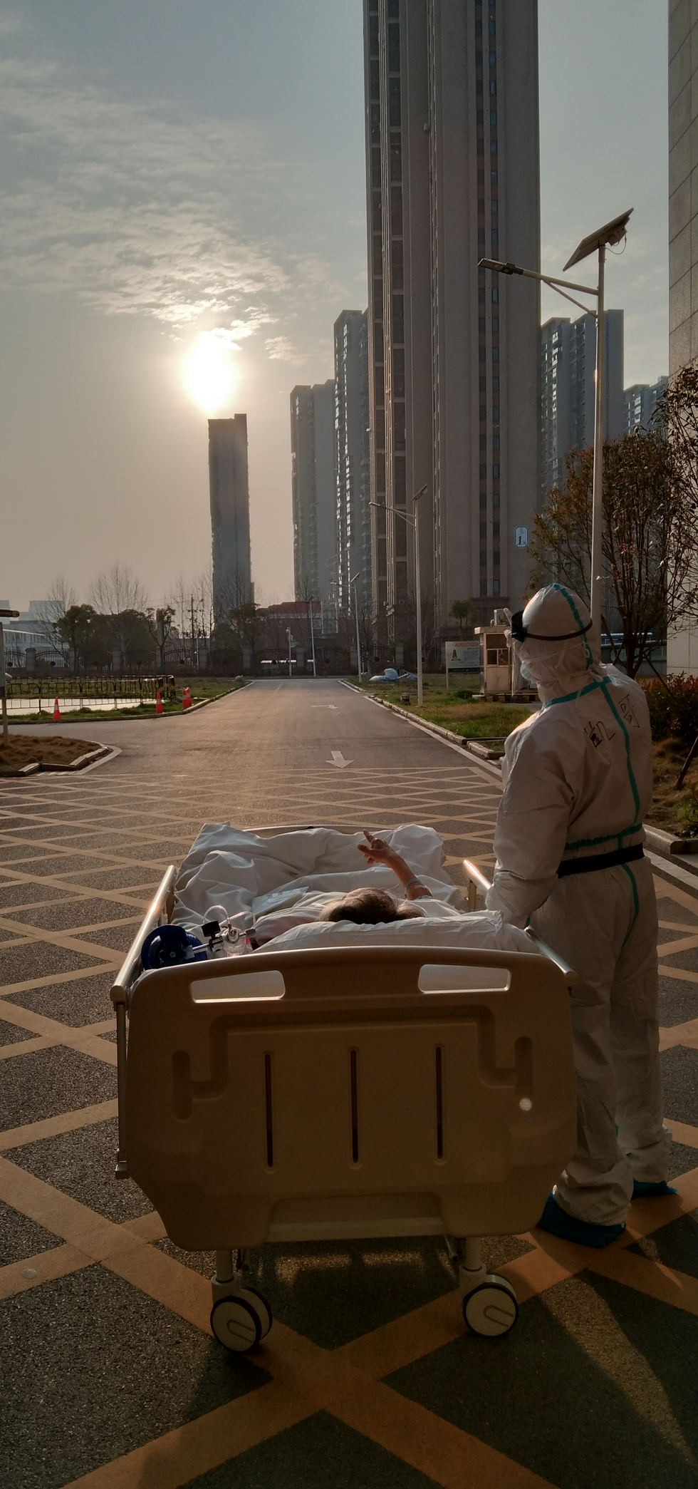 Nhìn lại 2020: COVID-19 và những khoảnh khắc khó quên tại Trung Quốc - Ảnh 12.