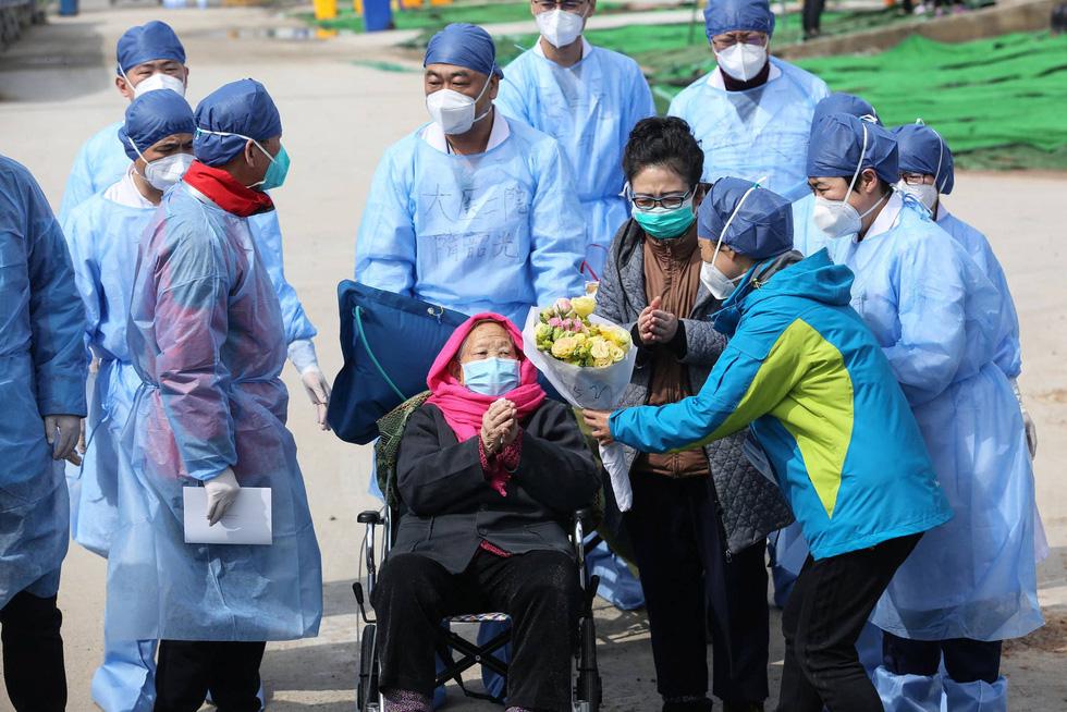 Nhìn lại 2020: COVID-19 và những khoảnh khắc khó quên tại Trung Quốc - Ảnh 1.