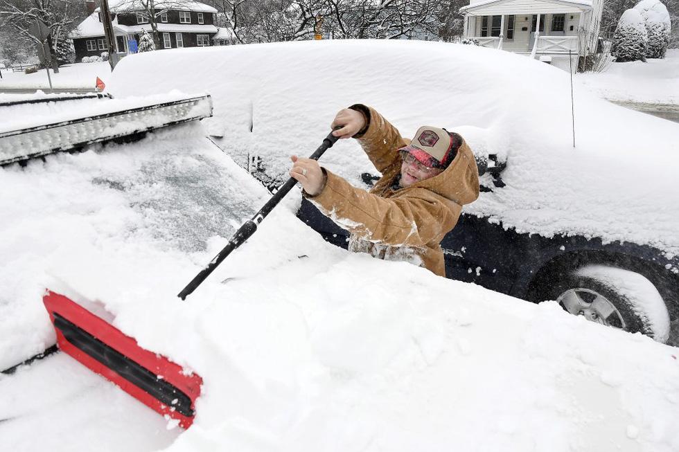 Bão tuyết cực lớn, nhiều nơi của New York chìm trong cả mét tuyết - Ảnh 6.