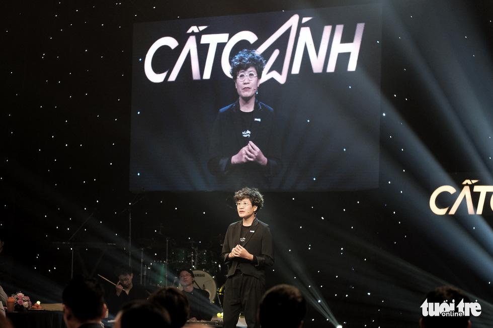 Những câu chuyện truyền cảm hứng trong gala Cất cánh 2020 - Ảnh 3.