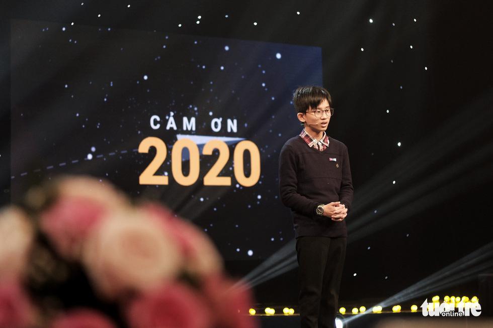 Những câu chuyện truyền cảm hứng trong gala Cất cánh 2020 - Ảnh 1.