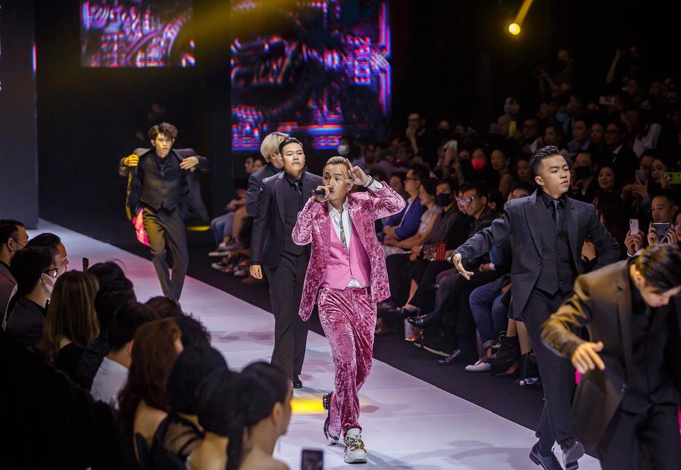 Nhạc Việt 2020: MV drama, Rap, show trực tuyến... lên ngôi - Và những khoảng lặng - Ảnh 5.