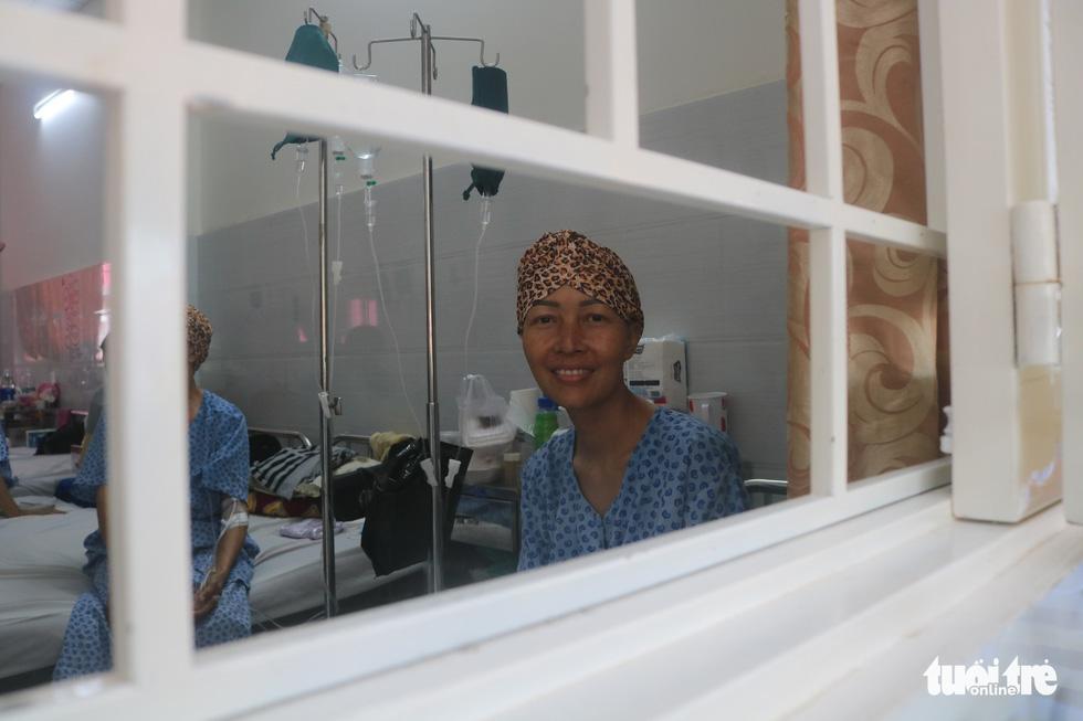 Bữa cơm ngày cuối năm của bệnh nhân ung thư ở Bệnh viện Từ Dũ - Ảnh 12.