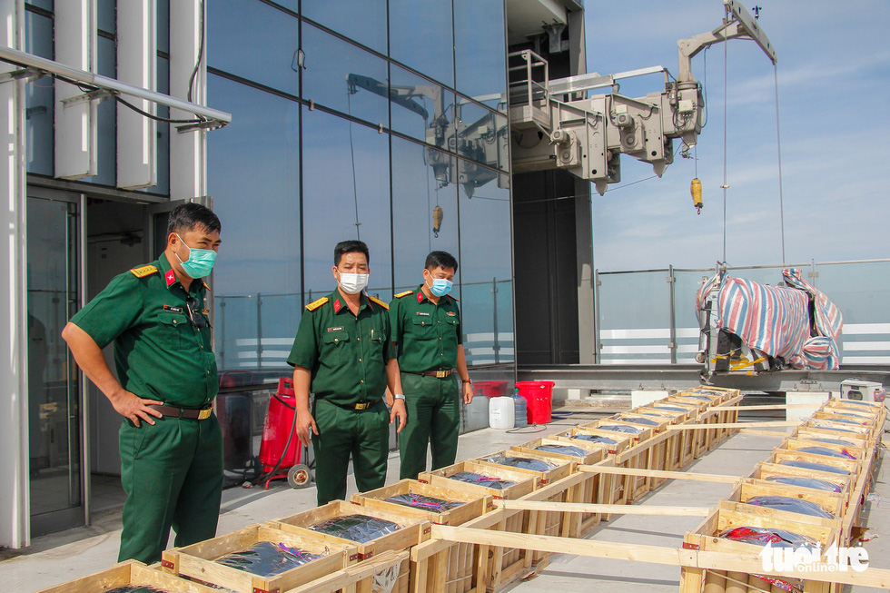 Toàn cảnh trận địa pháo hoa sẵn sàng đón năm mới 2021 tại TP.HCM - Ảnh 9.