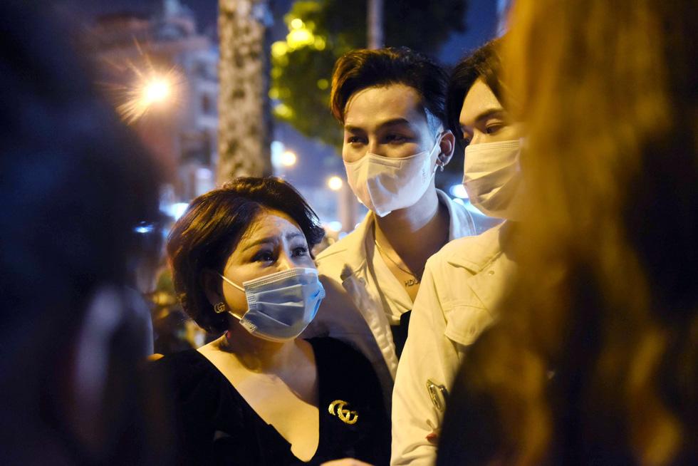Gia đình muốn nhờ Hoài Linh lo thủ tục đưa thi hài Chí Tài qua Mỹ - Ảnh 5.