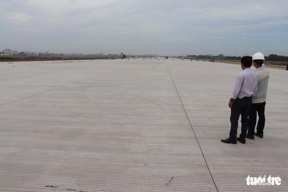 Đường băng mới sân bay Tân Sơn Nhất sẽ tiếp nhận máy bay từ ngày 31-12-2020 - Ảnh 5.