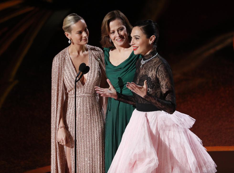 Lần đầu tiên trong lịch sử Oscar, Parasite, một phim châu Á giành giải phim hay nhất - Ảnh 7.