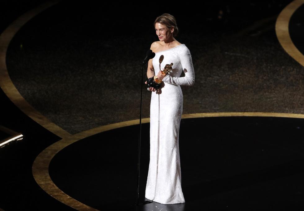 Lần đầu tiên trong lịch sử Oscar, Parasite, một phim châu Á giành giải phim hay nhất - Ảnh 4.