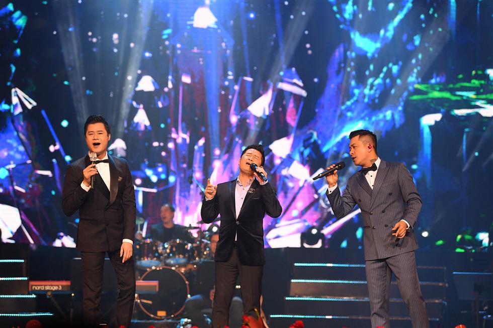 Hơn 3.000 khán giả đeo khẩu trang nghe Bằng Kiều, Thu Phương, Hồng Nhung hát - Ảnh 8.
