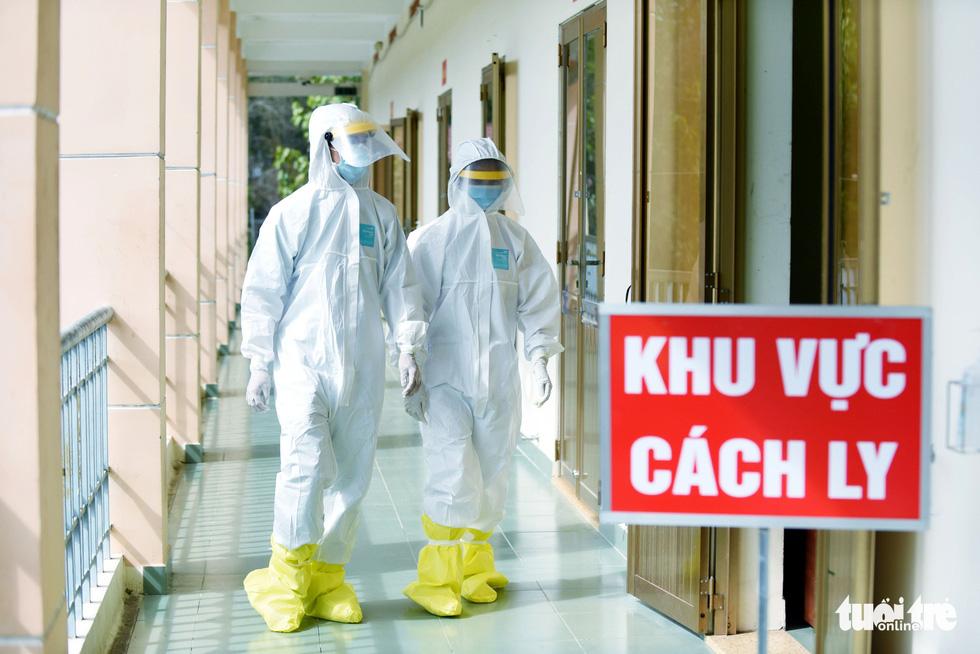 Bệnh viện dã chiến tại TP.HCM chính thức hoạt động - Ảnh 3.
