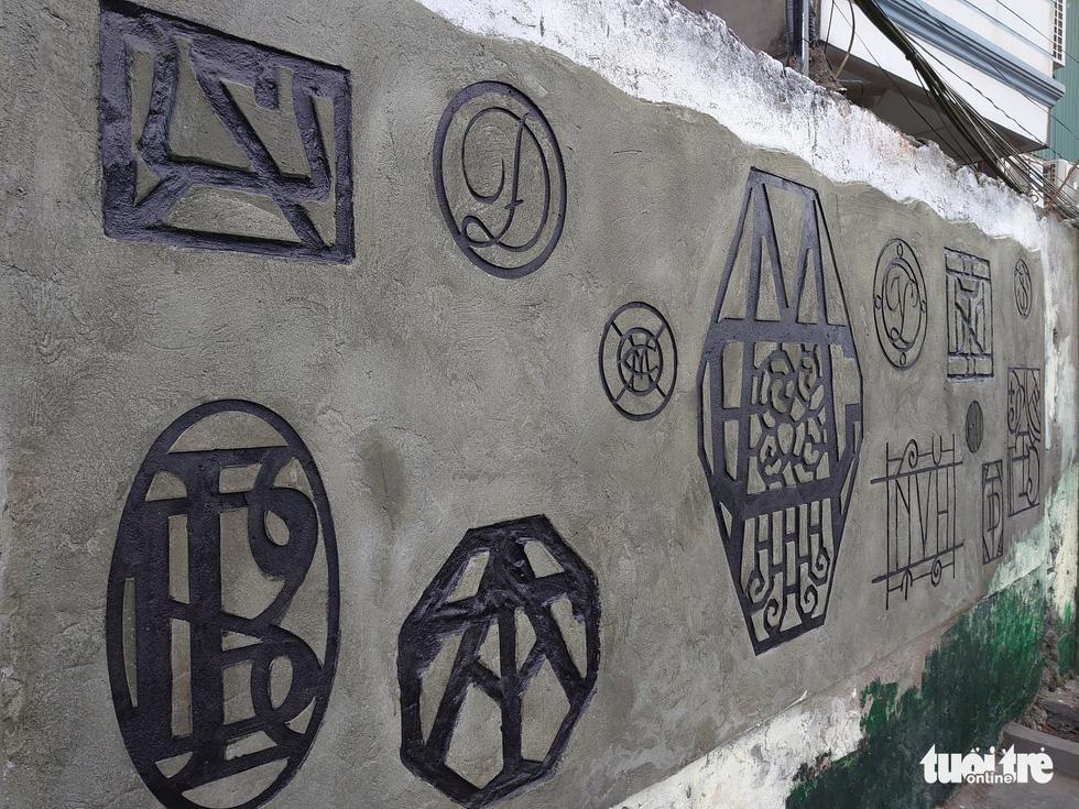 Nơi tập kết rác thải ven sông Hồng thành không gian nghệ thuật - Ảnh 5.