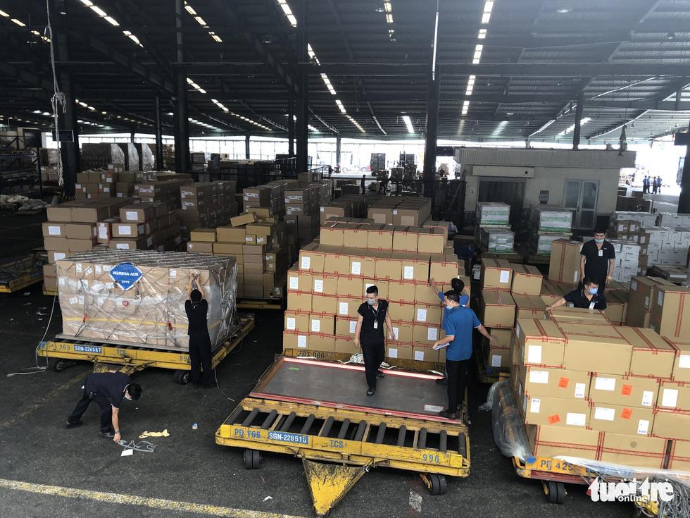 Hàng hóa vận chuyển bằng hàng không bắt đầu phục hồi - Ảnh 4.