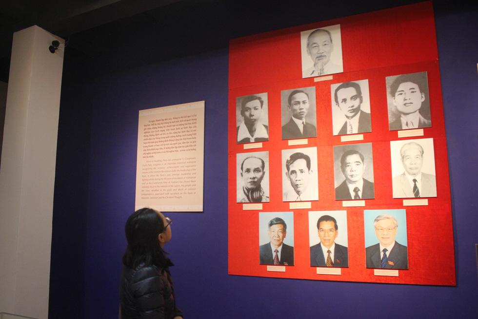 Trưng bày bảo vật quốc gia Đường kách mệnh và nhiều hiện vật quý hiếm về Đảng - Ảnh 4.