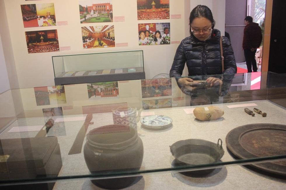 Trưng bày bảo vật quốc gia Đường kách mệnh và nhiều hiện vật quý hiếm về Đảng - Ảnh 10.