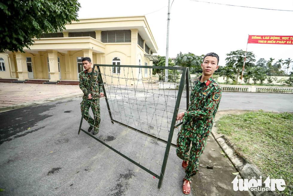 Cận cảnh khu cách ly tiện nghi của quân đội, sẵn sàng đón 950 người Việt về nước - Ảnh 8.