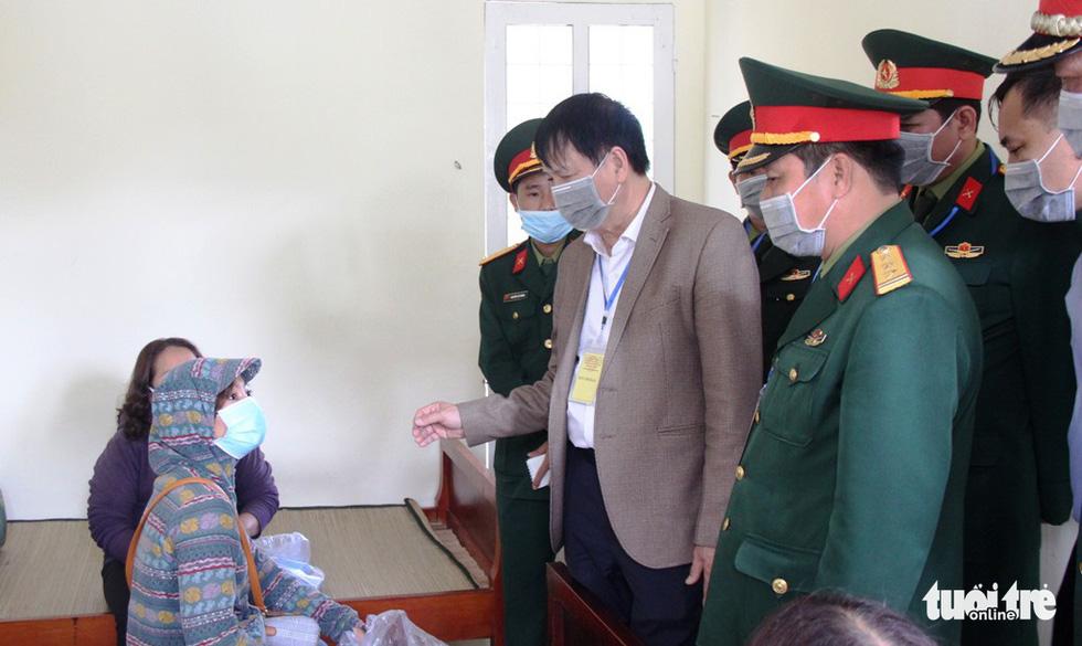 Diễn tập đón công dân Việt Nam từ vùng dịch trở về Huế - Ảnh 12.