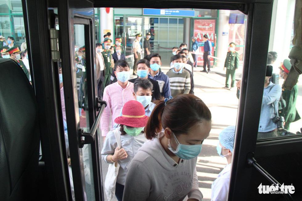 Diễn tập đón công dân Việt Nam từ vùng dịch trở về Huế - Ảnh 4.