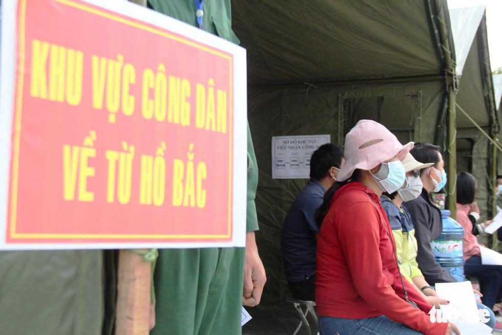 Diễn tập đón công dân Việt Nam từ vùng dịch trở về Huế - Ảnh 9.