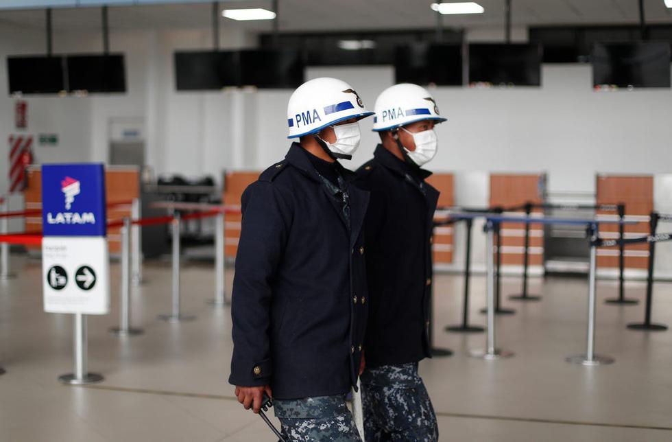 Sân bay khắp thế giới vắng hoe vì dịch bệnh COVID-19 - Ảnh 3.