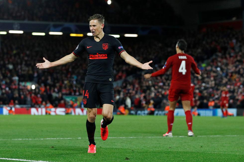 Những khoảnh khắc ấn tượng trong ngày Atletico Madrid tiễn Liverpool khỏi Champions League - Ảnh 4.