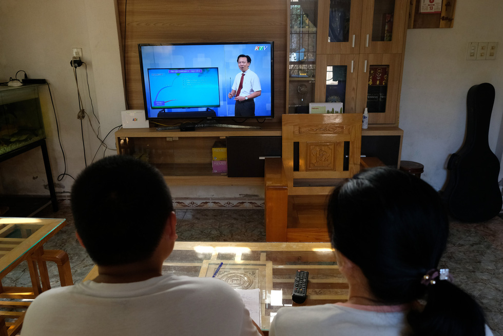 Giáo viên dạy học qua truyền hình phải chuẩn bị như thế nào? - Ảnh 7.