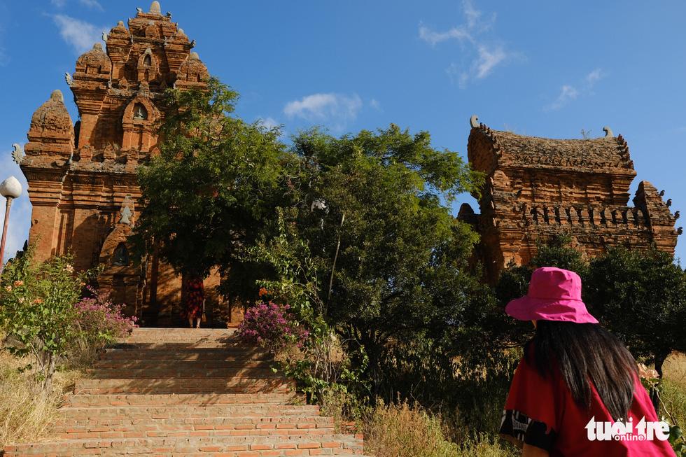 Tháp Chàm Po Klong Garai sừng sững giữa nắng gió Phan Rang - Ảnh 2.