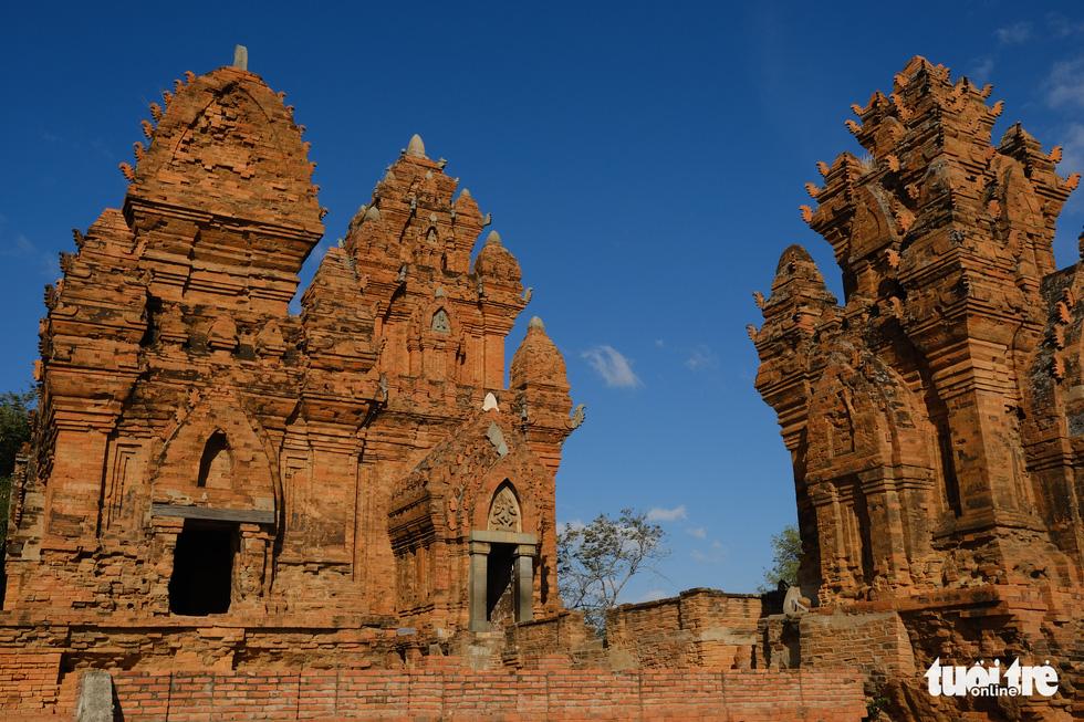 Tháp Chàm Po Klong Garai sừng sững giữa nắng gió Phan Rang - Ảnh 6.