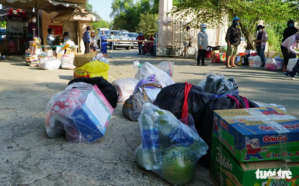 Trung tâm Giáo dục quốc phòng ĐHQG TP.HCM đón gần 1.000 người cách ly - Ảnh 2.