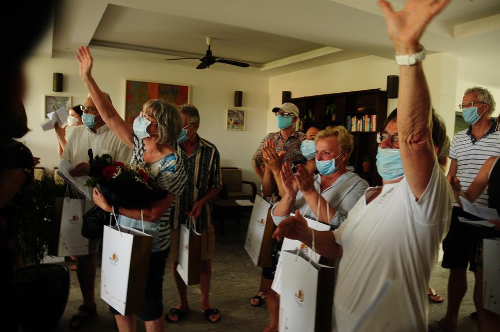 Tạm biệt Việt Nam, chúng tôi sẽ không quên những ngày qua - Ảnh 1.