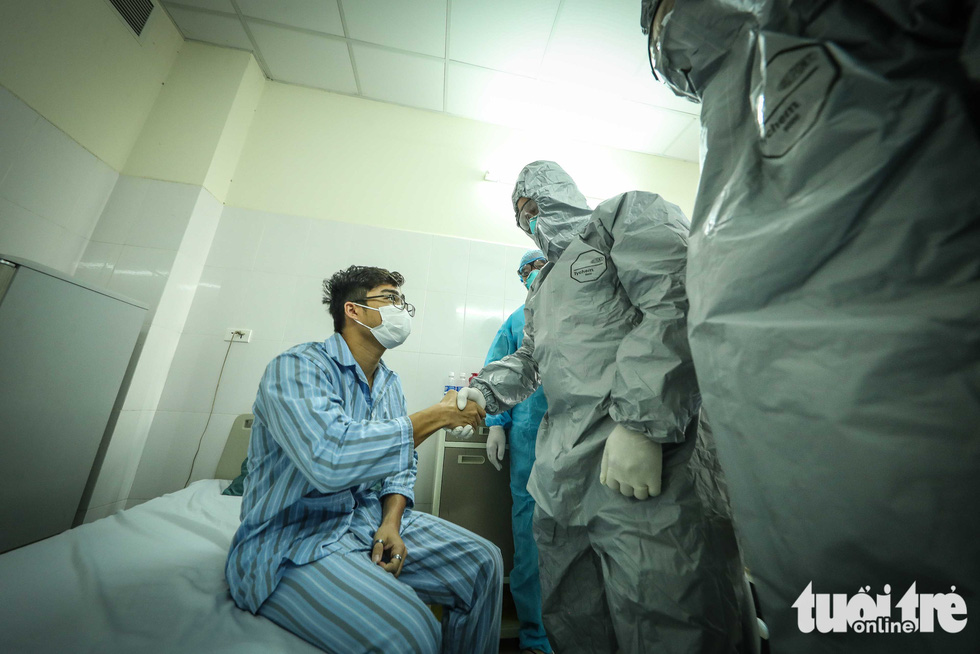 Cận cảnh nơi chữa 46 bệnh nhân dương tính trong trận chiến chống COVID-19 - Ảnh 4.