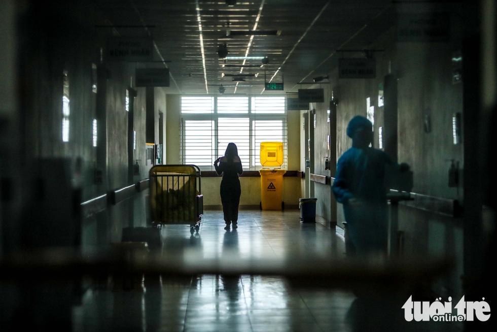 Cận cảnh nơi chữa 46 bệnh nhân dương tính trong trận chiến chống COVID-19 - Ảnh 5.