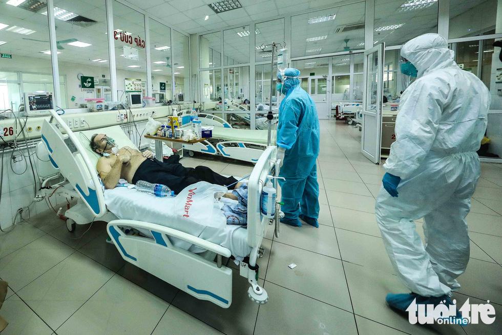 Cận cảnh nơi chữa 46 bệnh nhân dương tính trong trận chiến chống COVID-19 - Ảnh 9.