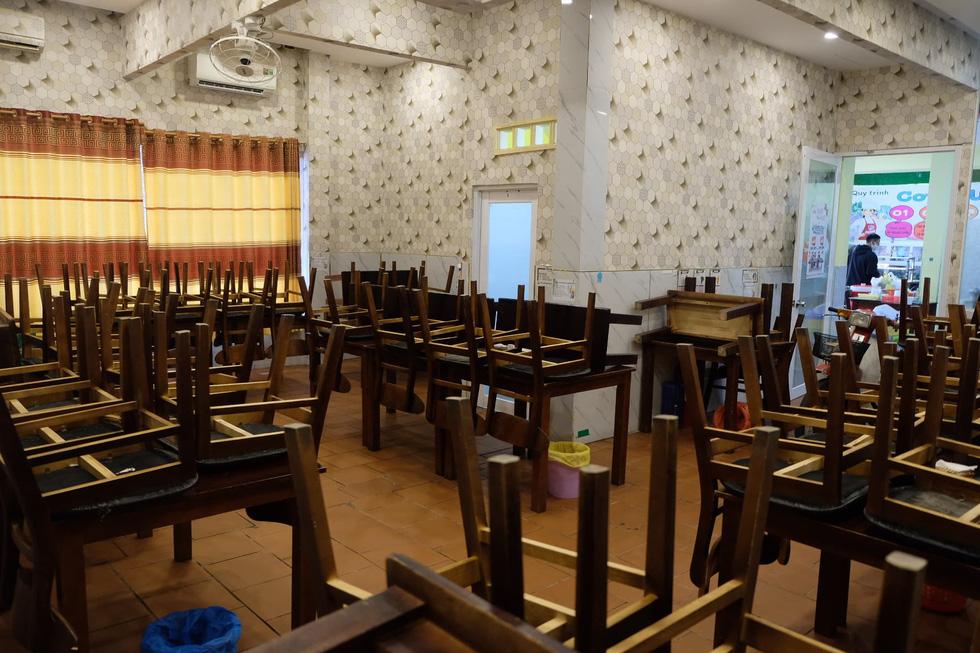 Nhà hàng, quán ăn, tiệm cà phê cất bớt không quá 30 bàn ghế để tiếp tục hoạt động - Ảnh 7.