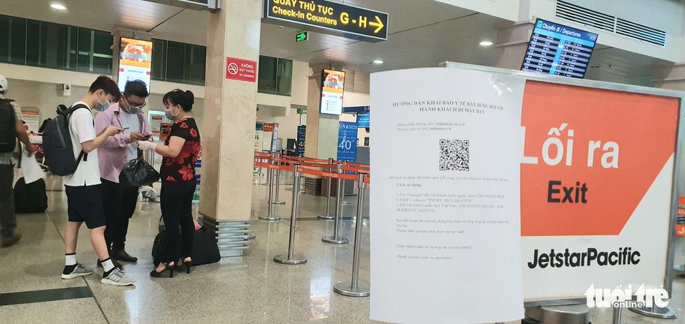 Sẽ giảm 2/3 số lượng chuyến bay nội địa đến Tân Sơn Nhất - Ảnh 1.