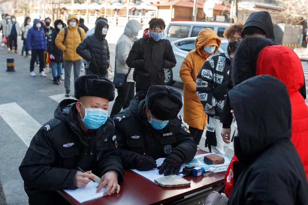 Dịch COVID-19 ngày 3-3: Iran một ngày tăng hơn 800 ca nhiễm, đã có 77 người chết - Ảnh 3.