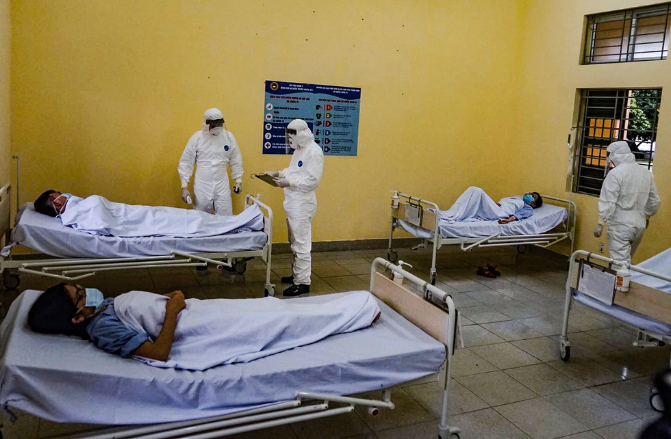 Bộ Quốc phòng diễn tập phòng chống dịch COVID-19 với quy mô chưa từng có - Ảnh 7.