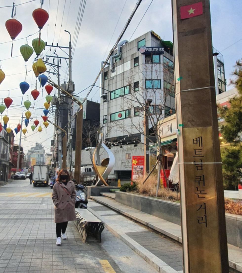 Cận cảnh Itaewon của Itaewon Class: quán Danbam, tiệm cafe Việt, phố Quy Nhơn - Ảnh 10.