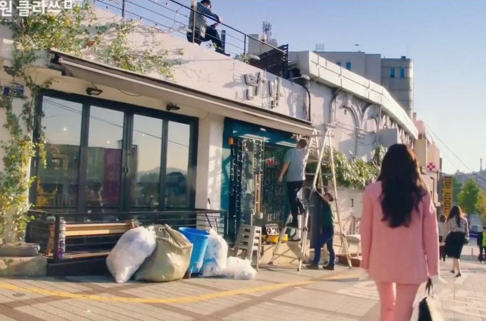 Cận cảnh Itaewon của Itaewon Class: quán Danbam, tiệm cafe Việt, phố Quy Nhơn - Ảnh 3.