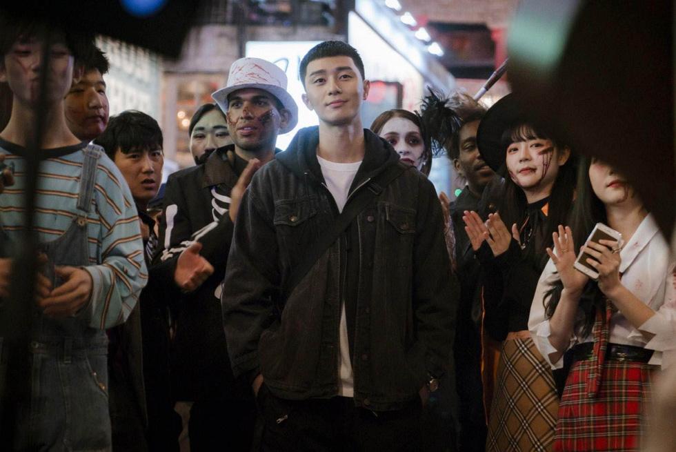 Cận cảnh Itaewon của Itaewon Class: quán Danbam, tiệm cafe Việt, phố Quy Nhơn - Ảnh 1.