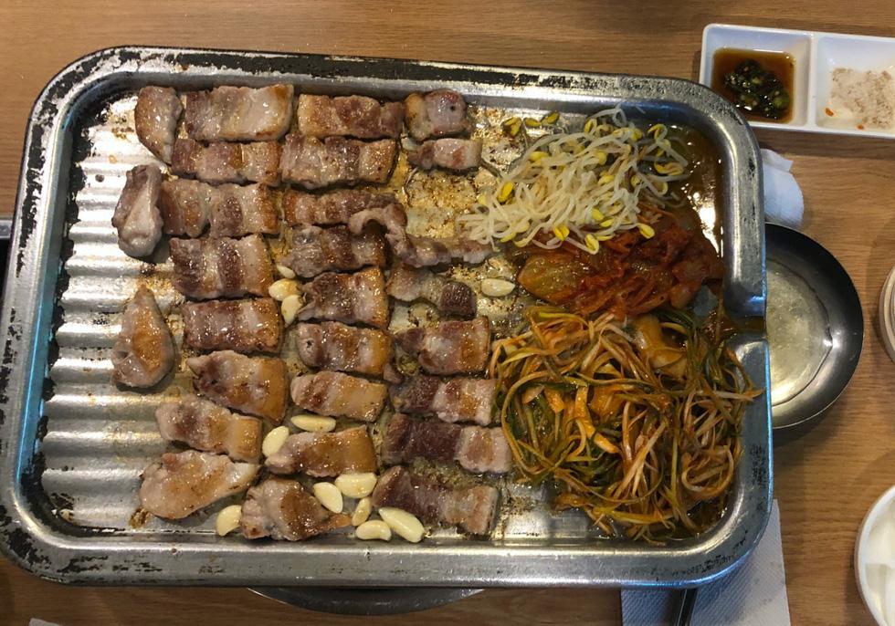 Cận cảnh Itaewon của Itaewon Class: quán Danbam, tiệm cafe Việt, phố Quy Nhơn - Ảnh 16.