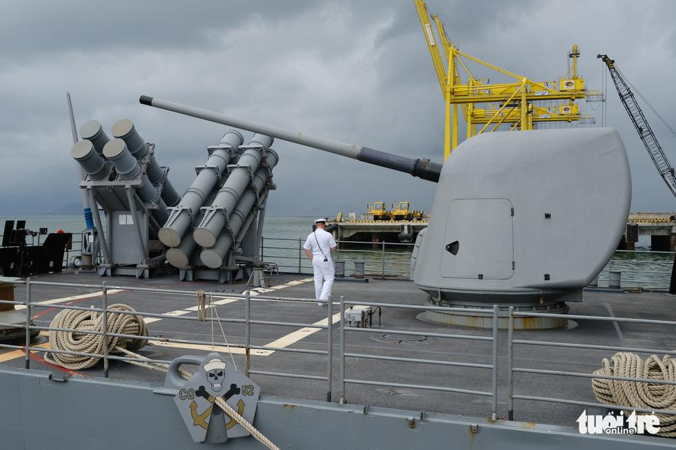 Bên trong tuần dương hạm USS Bunker Hill đang ghé thăm Đà Nẵng - Ảnh 3.