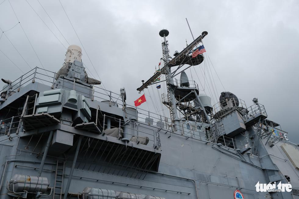 Bên trong tuần dương hạm USS Bunker Hill đang ghé thăm Đà Nẵng - Ảnh 4.