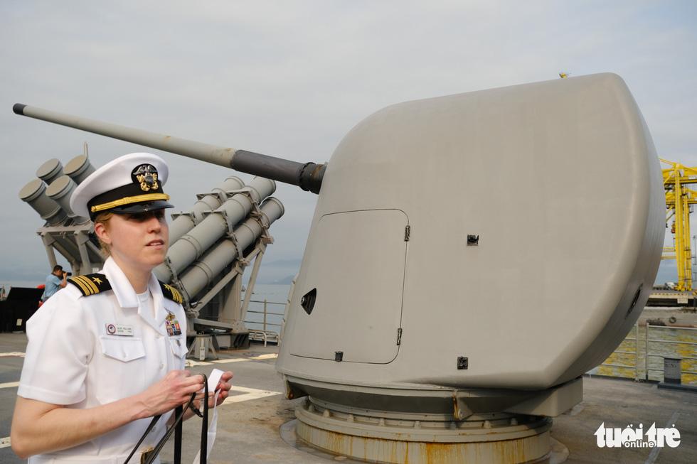Bên trong tuần dương hạm USS Bunker Hill đang ghé thăm Đà Nẵng - Ảnh 6.