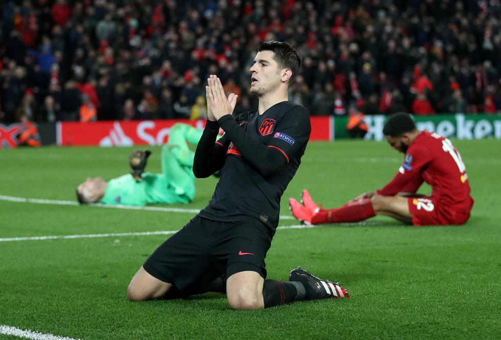 Những khoảnh khắc đáng nhớ tại Champions League mùa này trước khi hoãn - Ảnh 1.