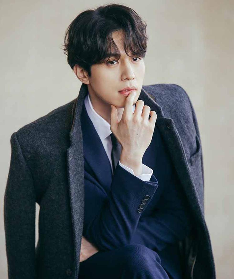 Top 10 sao Hàn Quốc đẹp trai nhất mọi thời đại gọi tên Lee Jong Suk, Lee Min Ho - Ảnh 8.