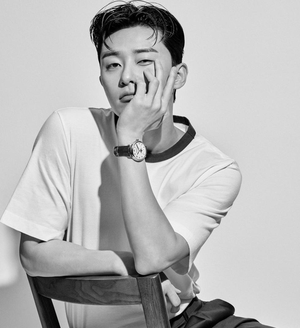 Top 10 sao Hàn Quốc đẹp trai nhất mọi thời đại gọi tên Lee Jong Suk, Lee Min Ho - Ảnh 4.